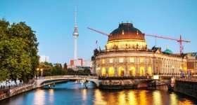 Busreis Duitsland Berlijnse gracht