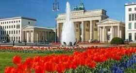 Duitsland Berlijn Brandenburger tor zomer
