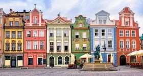 Polen Poznan gekleurde huizen 94531547