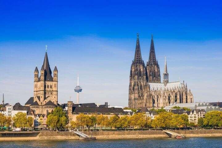Duitsland Keulen Kathedraal vanaf rivier