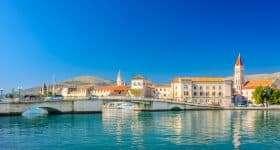 Kroatie Trogir waterfront