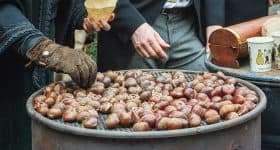 gepofte kastanjes op het Dickens festival in deventer