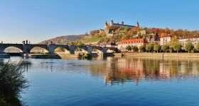 Duitsland Wurzburg Alte Mainbrucke scaled